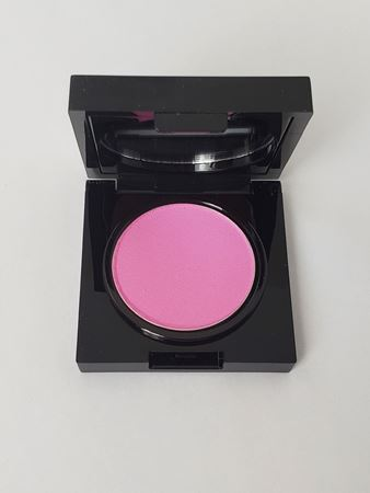 Picture of BLAK Universal Triple Milled Blush Powder